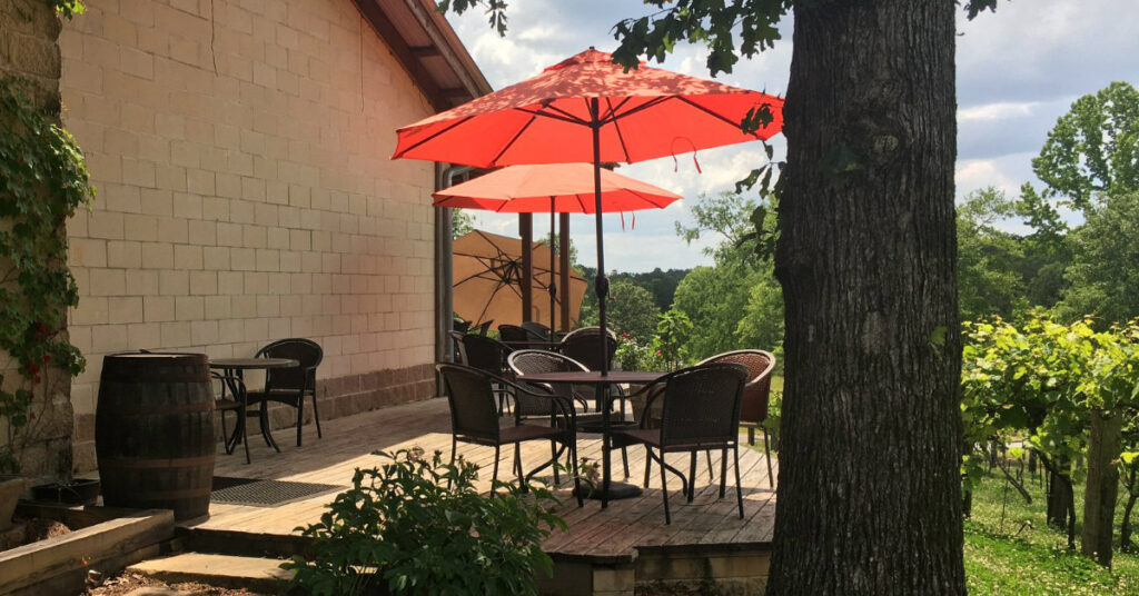 Need a spring getaway? Try these 3 Alabama wine trails
