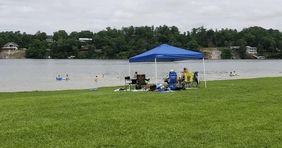 Family Enjoys Smith Lake