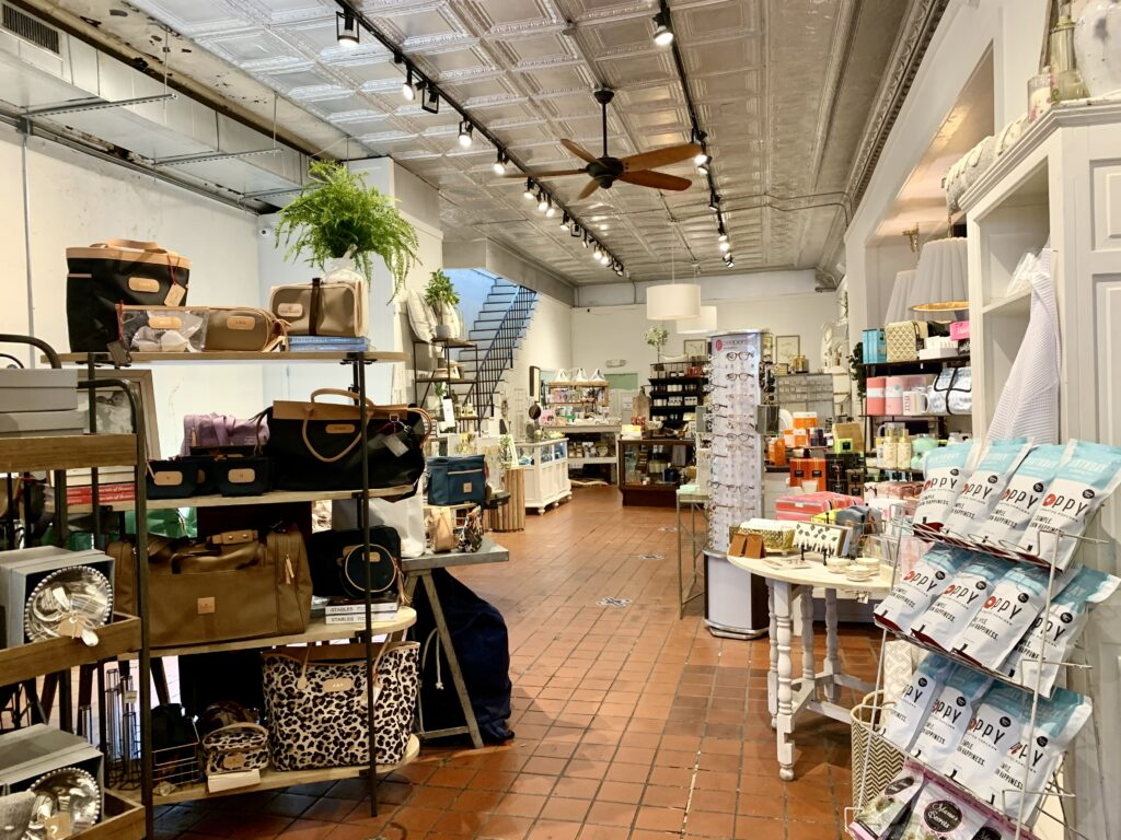 Fullsizerender 10 Auburn, Auburn Candle Company, Lucy'S, The Flower Store, The Well, Wrapsody
