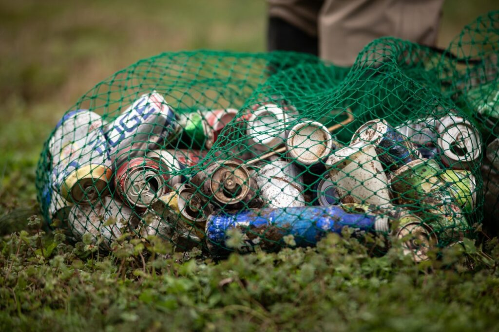 Alabama environmental contractor removes 100,000 pounds of litter from waterways