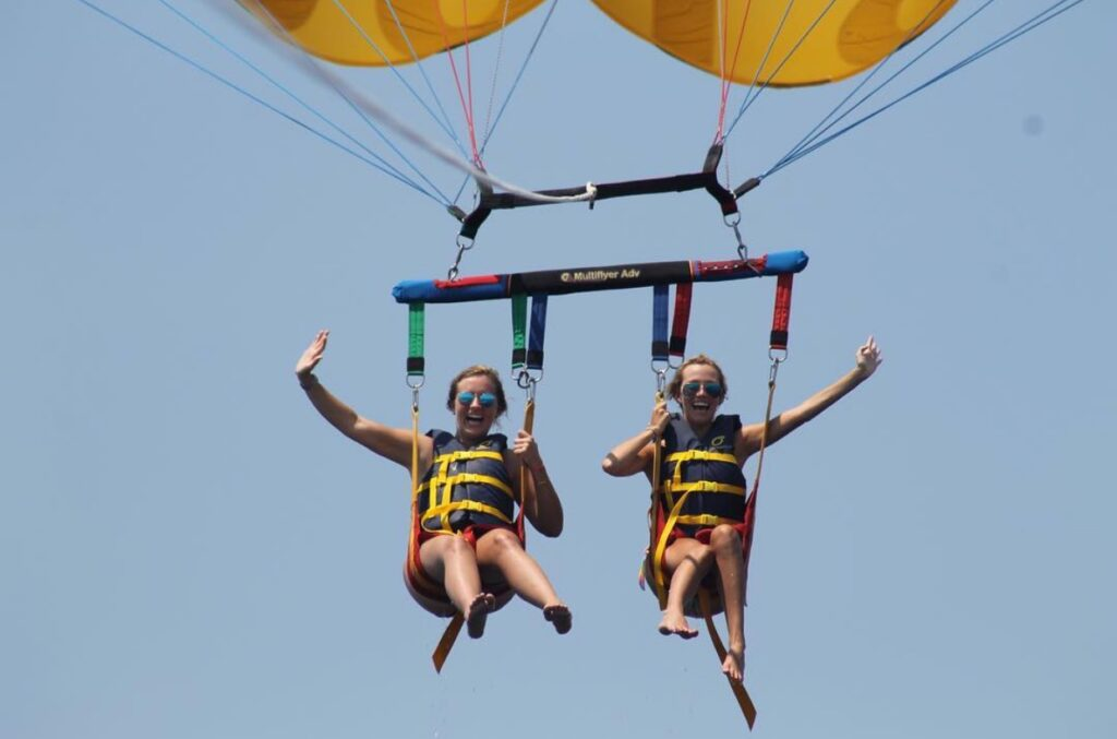 7 exciting parasailing experiences within 1.5 hrs of Mobile